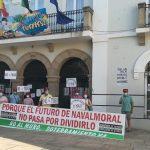 La Plataforma No al Muro se manifiesta de nuevo en la plaza de España