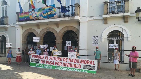 La Mancomunidad Campo Arañuelo apoya a la asociación NO AL MURO