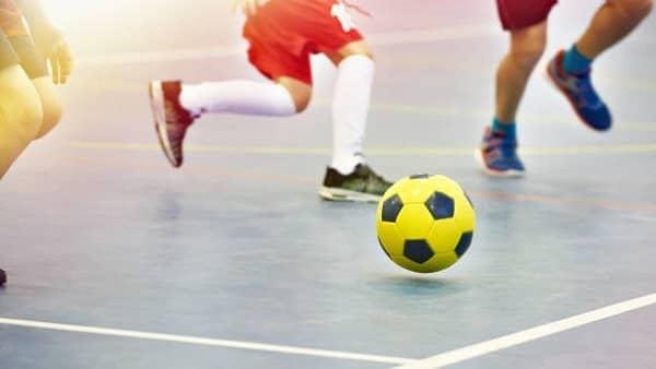 Charla informativa sobre cursos oficiales de Técnico Deportivo en Fútbol y Fútbol Sala, en Navalmoral