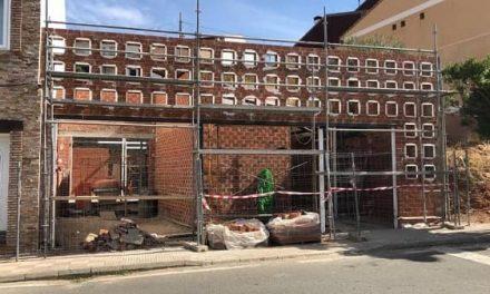 Prosiguen las obras de la Sala Velatorio en Navalvillar de Ibor