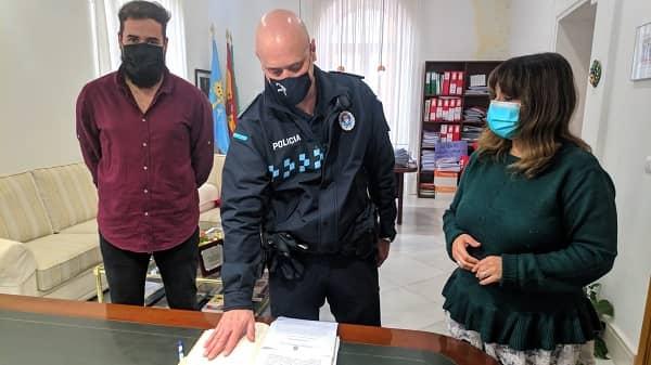 Agustín García toma posesión del cargo de oficial jefe de la Policía Local de Navalmoral