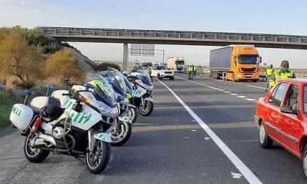 La Guardia Civil detiene a un conductor que circulaba por la A5 a 212 km/h