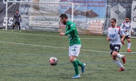El Moralo gana al Aceuchal con sufrimiento y gol en el tiempo añadido