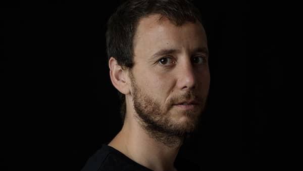 El peraleo Sergio Adillo, de Trending Tipic, gana la XVII edición del Premio de Poesía César Simón