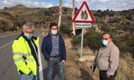 Diputación instala 21 señales y 23 carteles para evitar atropellos de linces