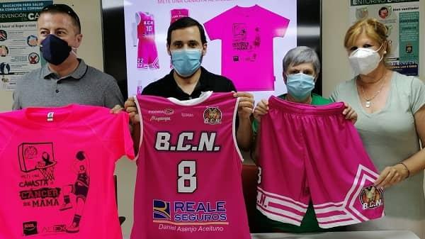 """El BCN recauda 1600€ para AOCA y AOEX con la campaña """"Mete una canasta al cáncer de mama"""""""