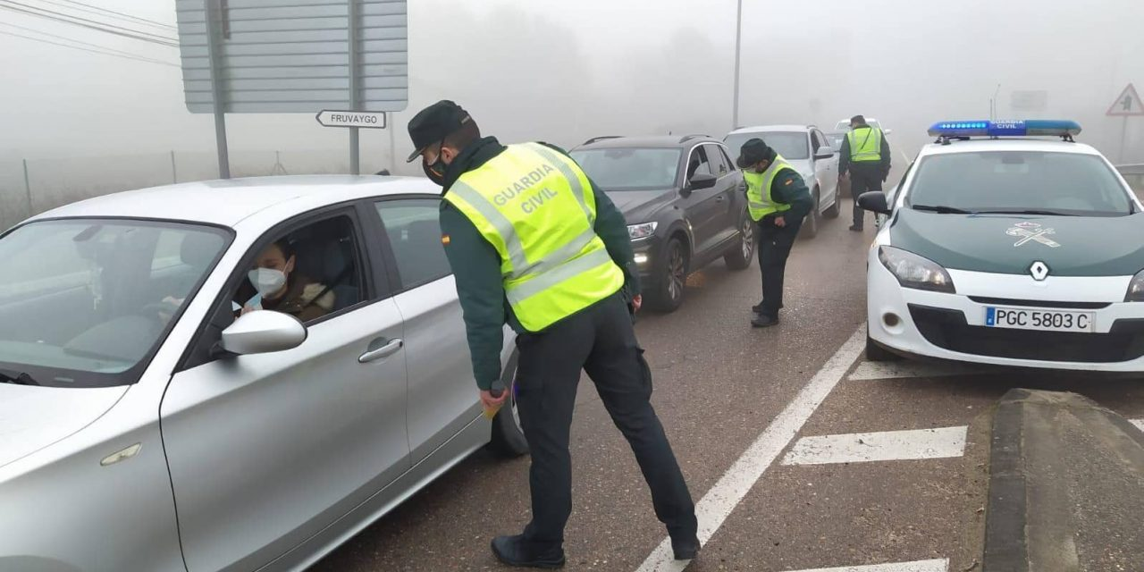 Las Fuerzas y Cuerpos de Seguridad velan por el cumplimiento de las nuevas medidas COVID en Extremadura