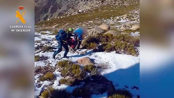 La Guardia Civil rescata a una vecina de Losar en la sierra de Guijo de Santa Bárbara