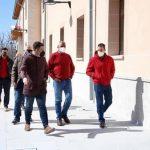 Carlos Carlos visita las obras de recuperación de la Hospedería La Serrana en Piornal