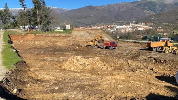 Comienzan en Jarandilla las obras del nuevo parque de bomberos del SEPEI