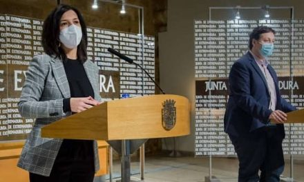 La Junta anuncia que los docentes interinos se incorporarán el 1 de septiembre
