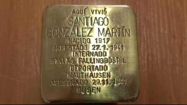 """EL IES Albalat coloca el primer """"Stolperstein"""" de Extremadura como homenaje al moralo asesinado en Mauthausen"""