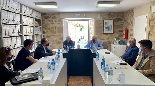 Carlos Carlos se reune en Garvín con alcaldesas y alcaldes de La Jara