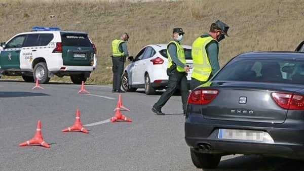 Un conductor se da a la fuga dejando heridas a dos personas en el término de Valverde de la Vera