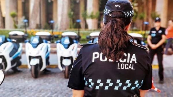 El BOE publica la apertura de instancias para cinco plazas de Policía Local en Navalmoral
