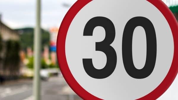 En vigor los nuevos límites de velocidad para zonas urbanas y travesías