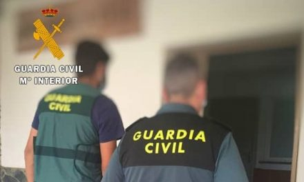 Detienen a dos jovenes de 19 y 22 años de edad por el robo en una vivienda de Navalmoral