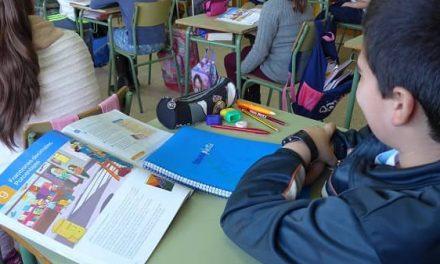 123 centros educativos concertados recibirán 780.000€ para libros de texto y material escolar