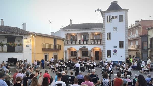 La Banda de Guadalupe toca en Bohonal para Chencho