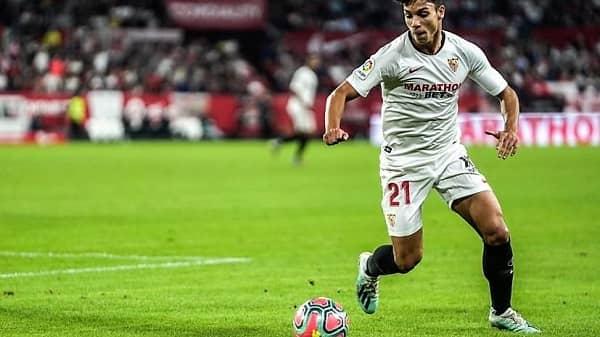 Óliver Torres regresa a los entrenamientos tras su lesión muscular