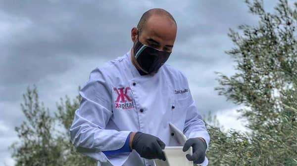 David Gibello colabora en un showcooking de la jornada de gastronomía y artesanía GastroTEA