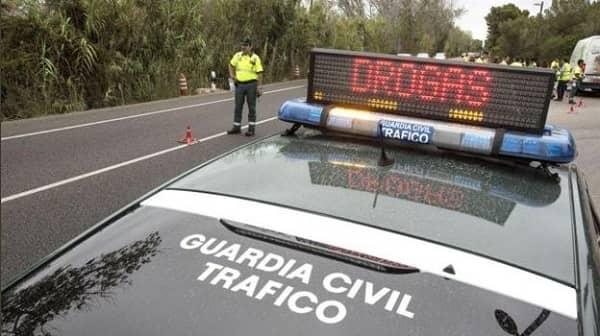 Investigado un conductor que se dio a la fuga conduciendo de forma temeraria