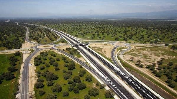La Junta adjudica la conservación y mantenimiento de las autovías EX-A1 y EX-A2